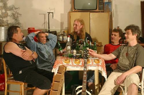 Starostovi muži - Photo