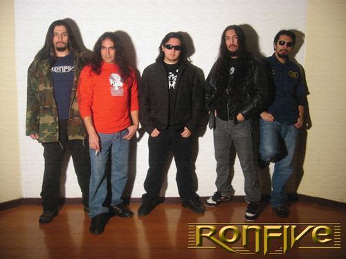 Ron 5 - Photo