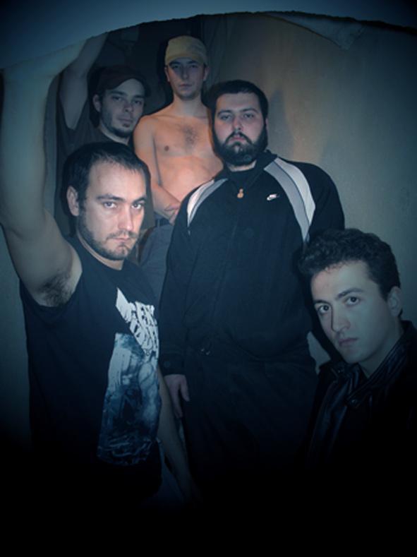 Juggernaut - Photo