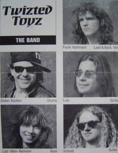 Twizted Toyz - Photo