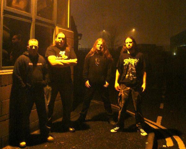 Devilmakesthree - Photo