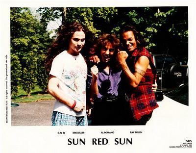 Sun Red Sun - Photo