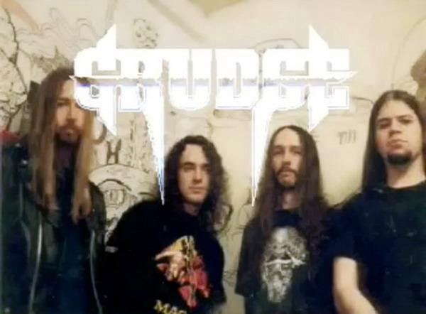 Grudge - Photo
