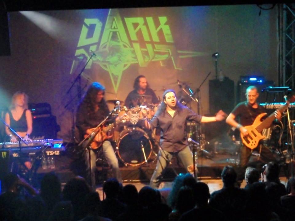 Dark Nova - Photo