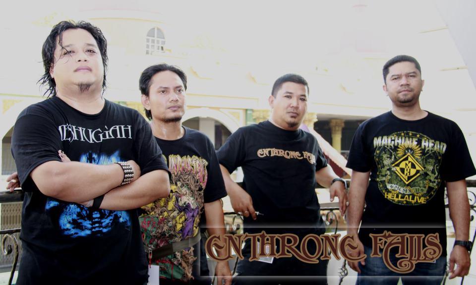 Enthrone Falls - Photo
