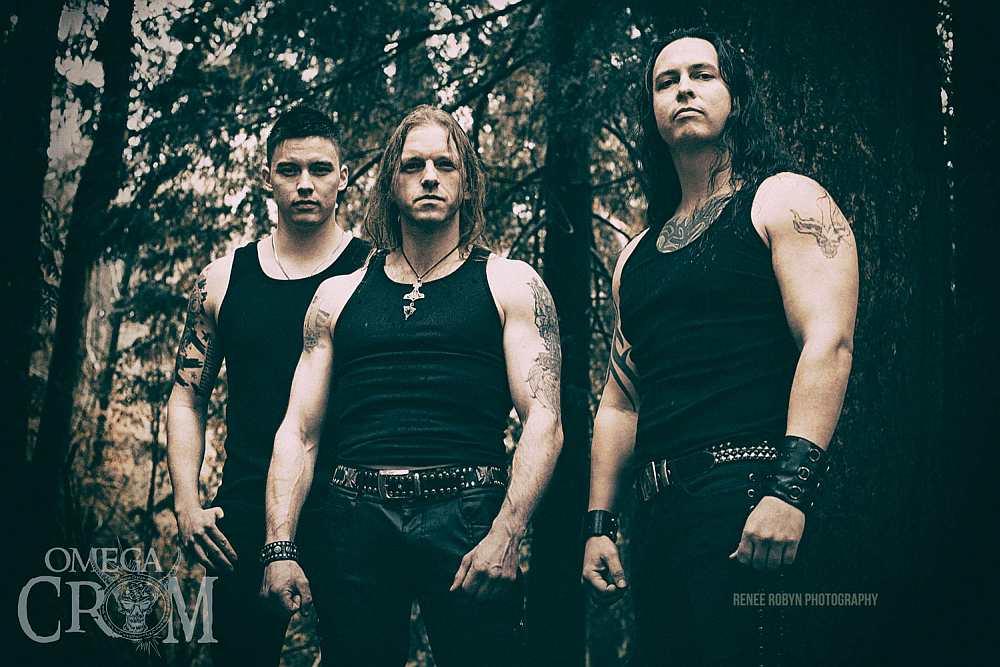 Omega Crom - Photo