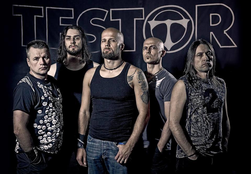 Testor - Photo