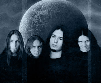 http://static.metal-archives.com/images/1/5/8/0/15807_photo.jpg
