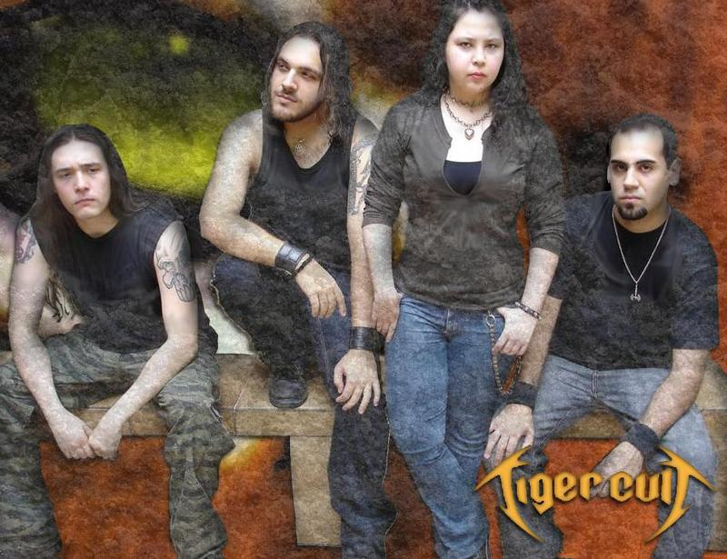 Tiger Cult - Photo