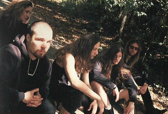 https://www.metal-archives.com/images/1/6/6/3/1663_photo.jpg