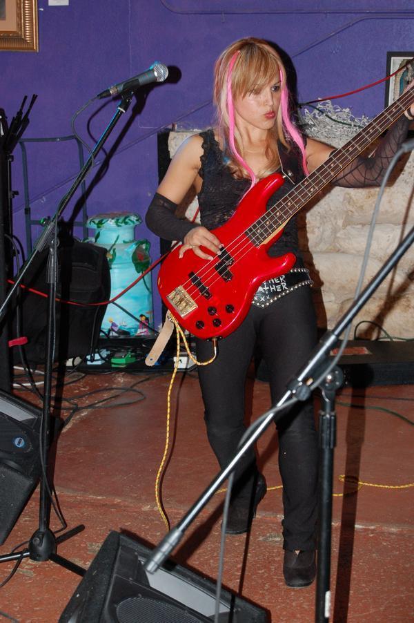Ruth Garza-Newcomb