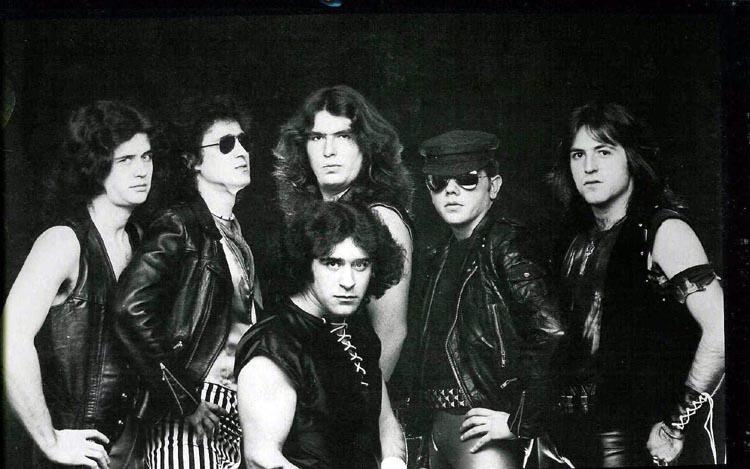 https://www.metal-archives.com/images/1/7/0/5/17052_photo.jpg
