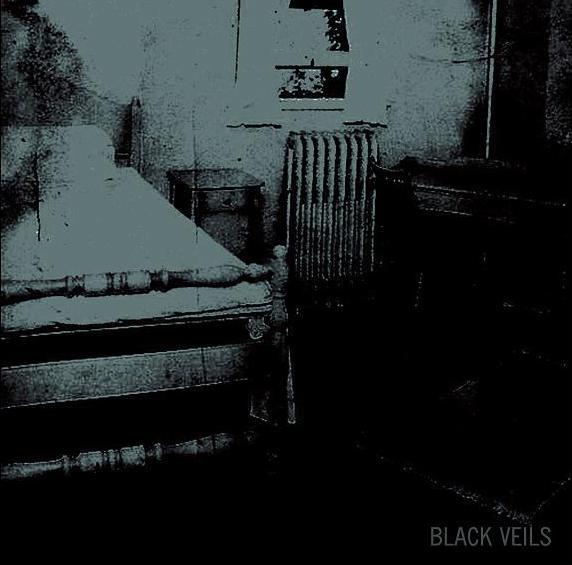 Trist / Through the Pain - Black Veils