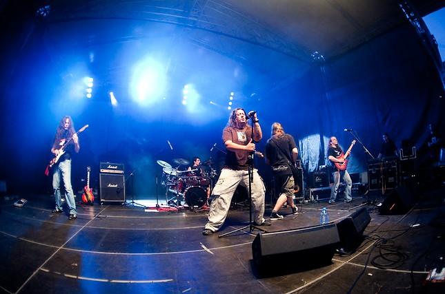 Monstrum - Photo