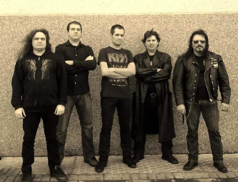 Ira Regia - Photo