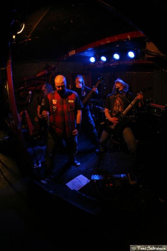 Dead Revolution - Photo