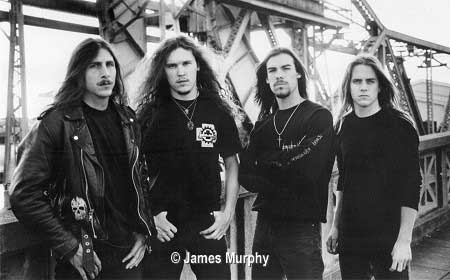 http://www.metal-archives.com/images/1/9/9/199_photo.jpg