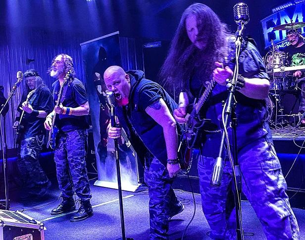 Axemaster - Photo