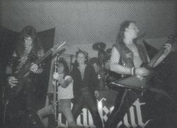 http://www.metal-archives.com/images/2/0/9/5/20958_photo.jpg