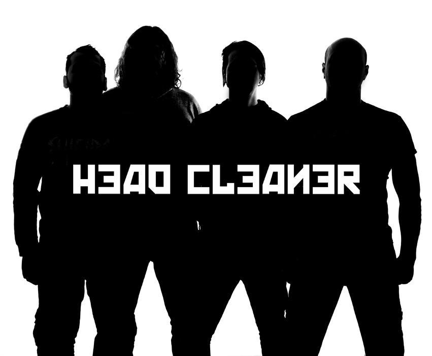 Head Cleaner - Photo