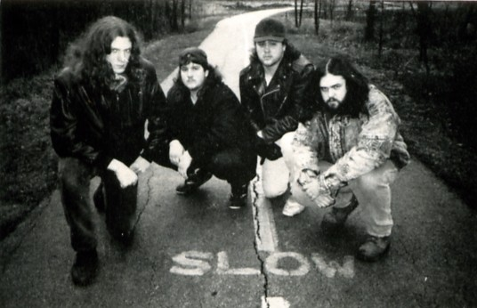 http://www.metal-archives.com/images/2/1/8/1/21816_photo.JPG
