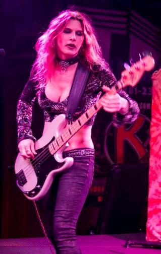Alexis Hollada