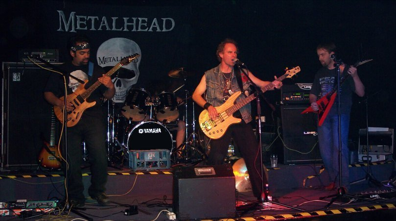 Metalhead - Photo