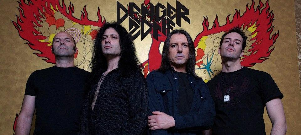 Danger Zone - Photo