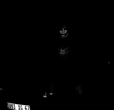 Dark Noise - Photo