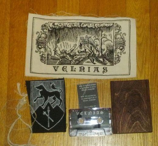 Velnias - Untitled Tour EP (2011)
