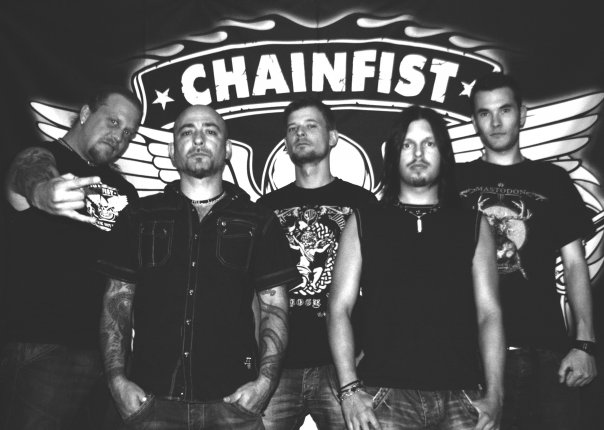 Chainfist - Photo