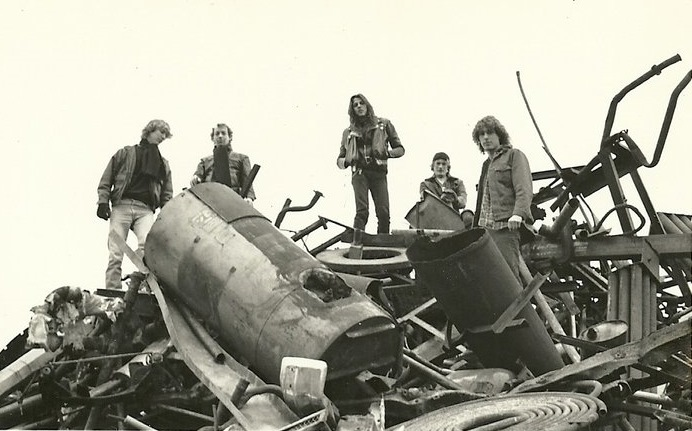 Sudden Impact - Photo