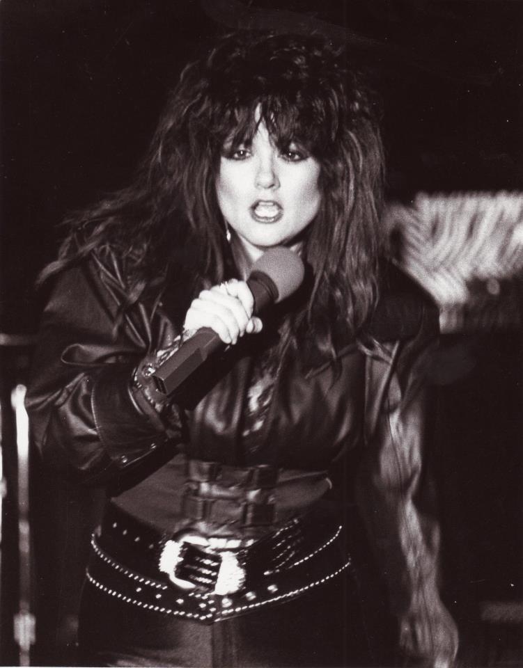 Lady Sabre - Photo
