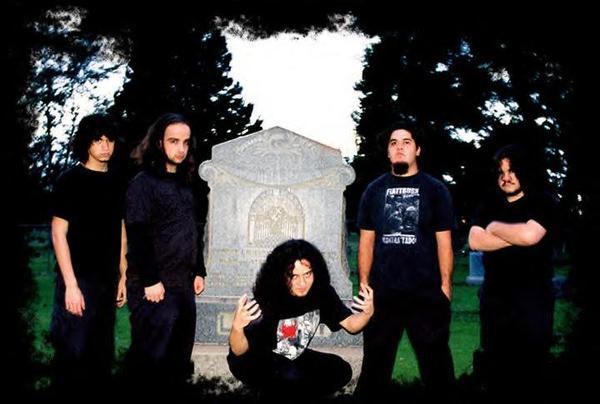Grave Defier - Photo