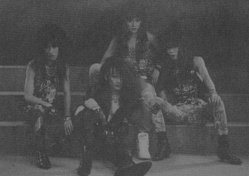 http://www.metal-archives.com/images/3/5/4/0/3540283386_photo.jpg