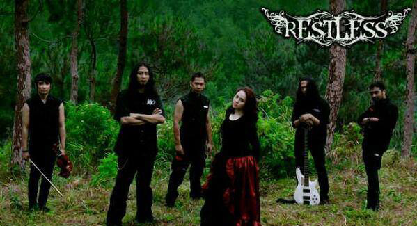 Restless - Photo