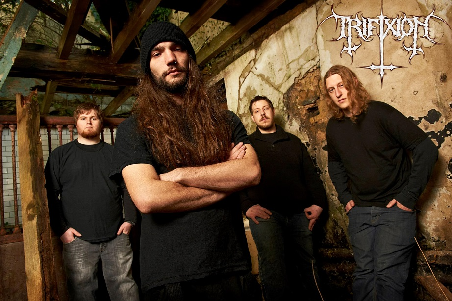 Trifixion - Photo