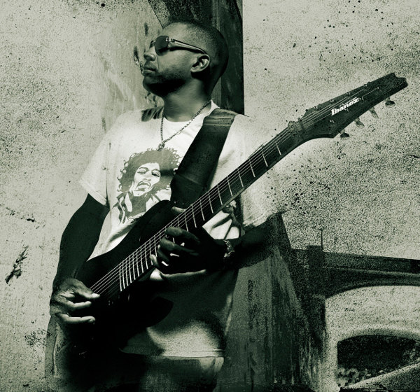 Tony MacAlpine - Photo