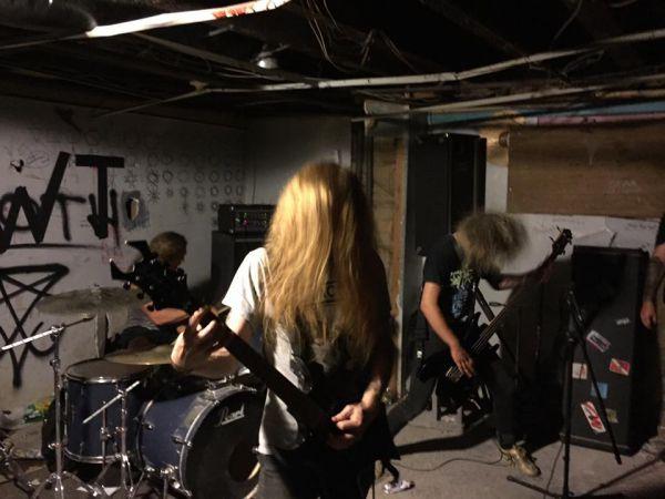 Sewercide - Photo