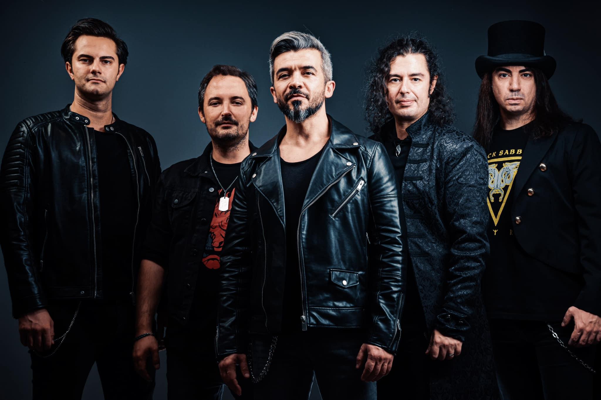 Saints 'n' Sinners - Photo