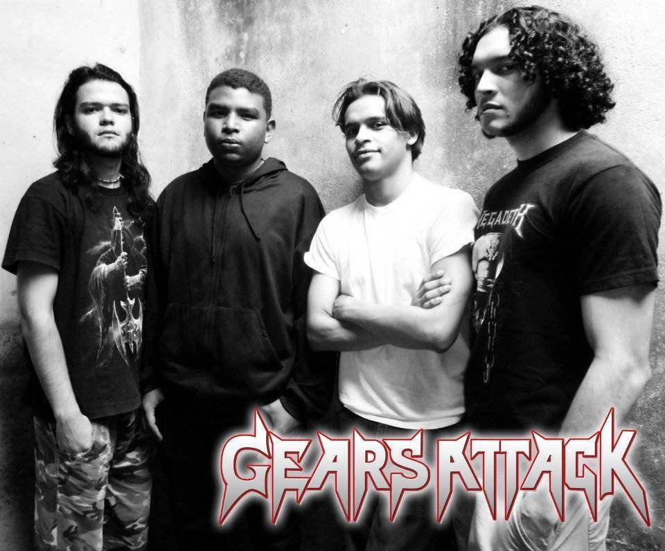 Gears Attack - Photo