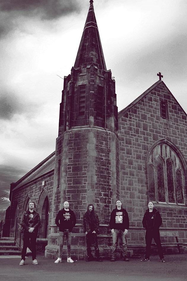 Live Burial - Photo