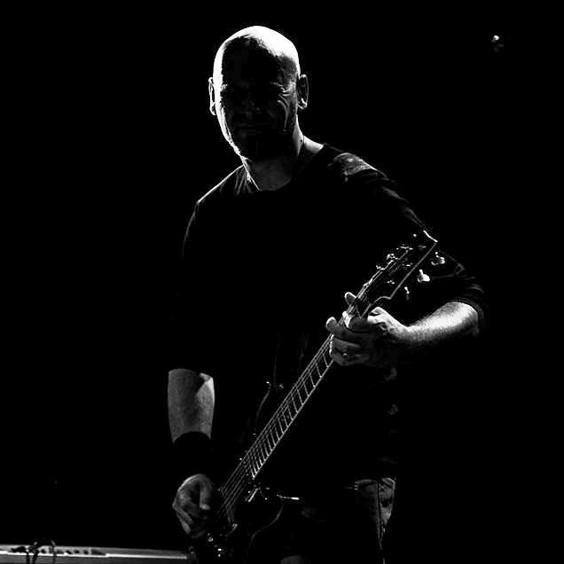 Evilution - Photo