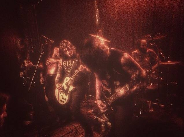 Iron Force - Photo
