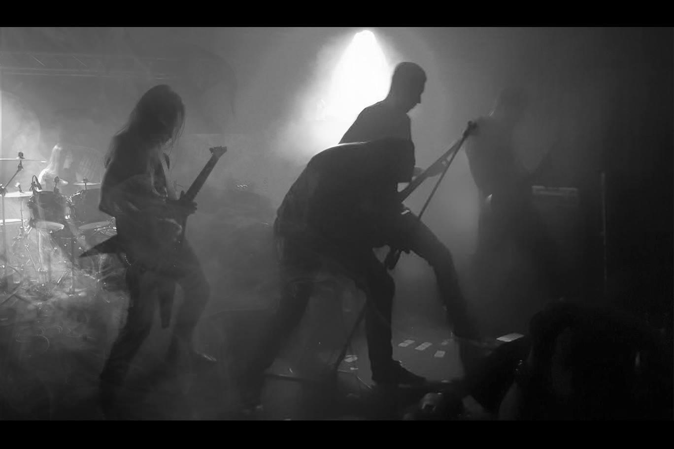 Incipient Chaos - Photo