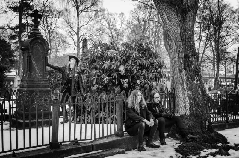 Demon's Gate - Photo