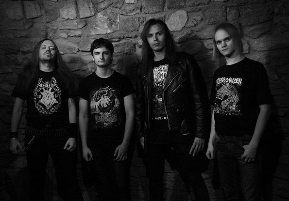 Disinter 666 - Photo