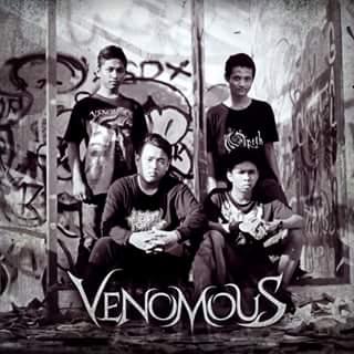 Venomous - Photo