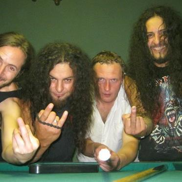 https://www.metal-archives.com/images/3/5/4/0/3540405880_photo.jpg?5738