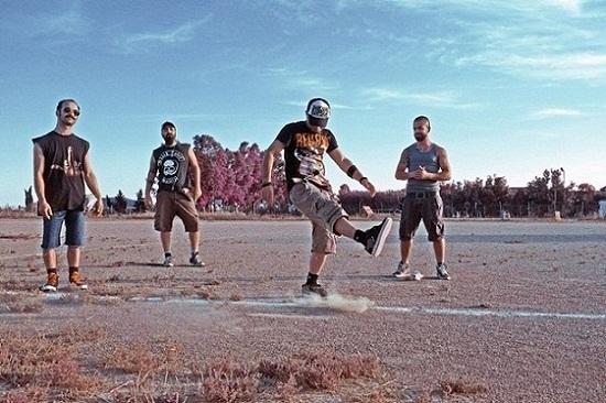 Blacktooth Caravan - Photo